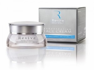Regenerating face cream with 100% snail exract Revive