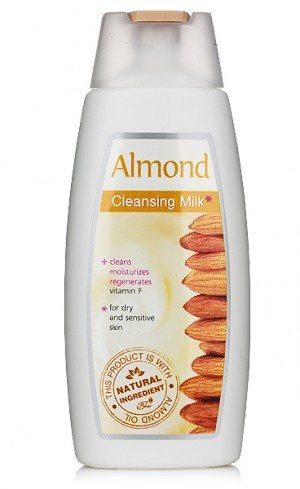 Cleansing facial milk for dry and sensitive skin Almond Rosa Impex