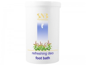 Refreshing and deodorizing pedicure salts SNB 900 gr.